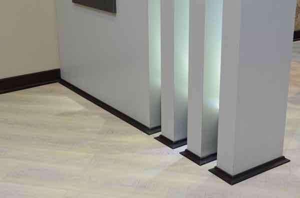 پارکت لمینت و مبلمان, پارکت لمینت سفید, پارکت لمینت روشن | floor-decor, floor-decor-blog | دکوراسیون ساختمان دکوروز